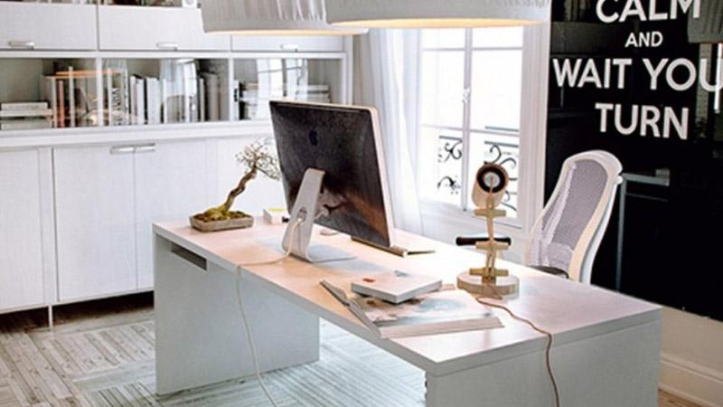 kvalitetni stol